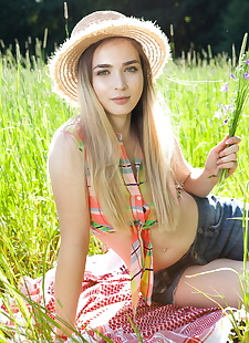 xxx pics Teen first timer removes straw hat and, ass , blonde