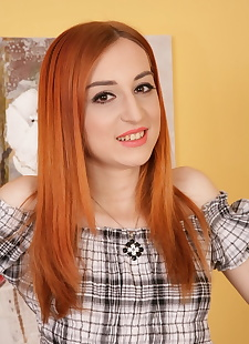 xxx pics Redhead amateur Diana Gold parts her, blonde , redhead