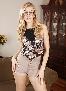xxx pics Nerdy blonde girl Alexa Grace does a, ass , blonde