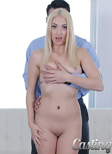 xxx pics American blondie Sierra Nicole gets, blonde , blowjob
