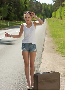 xxx pics Teen hitchhiker Faina Bona gets, ass , outdoor
