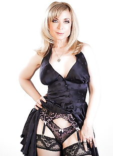 xxx pics Mature mom Nina Hartley & sexy young, lingerie , big tits